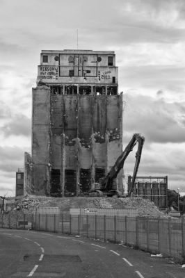 Demolition of the Spillers Building on Newcastle Quayside